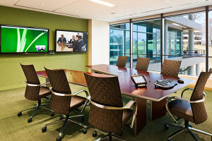 Integrated Solution Lets Worldwide Offices Communicate Via Video